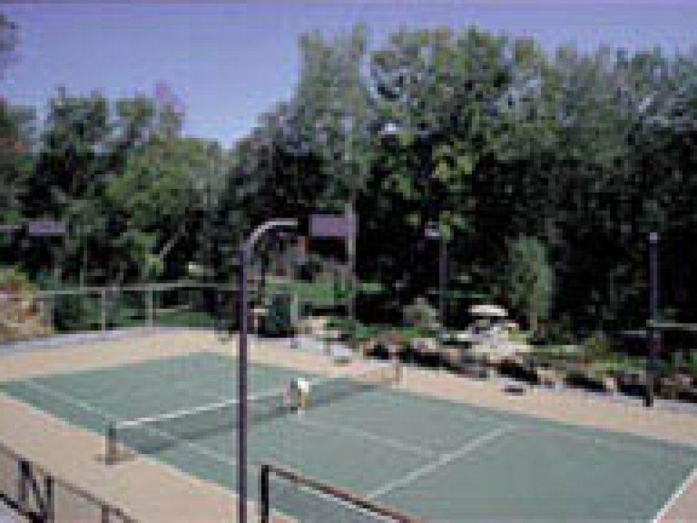 Putnam Tennis Courts
